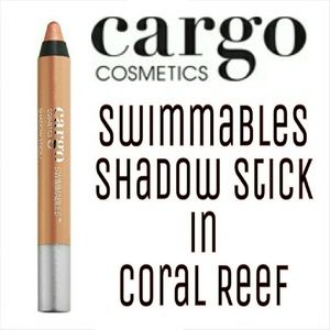 2/$15, NWT Cargo Shadow Stick
